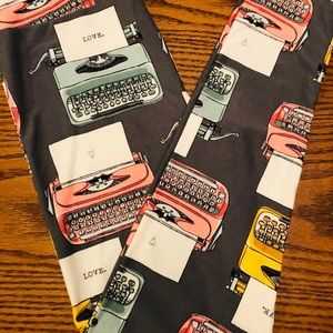 Lularoe typewriter love legging